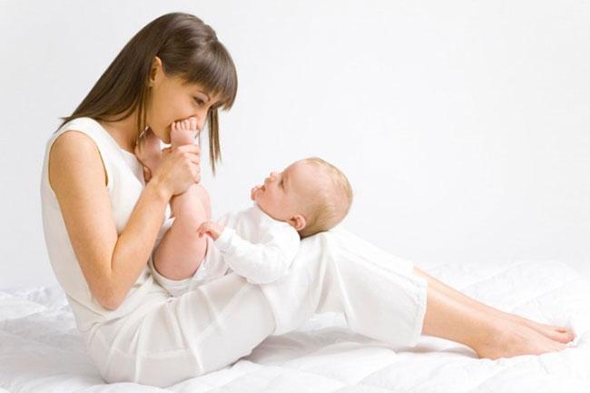 Как отлучить ребенка от груди: советы и секреты
